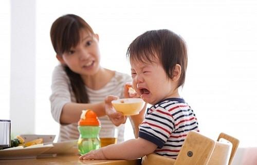 Sử dụng nhiều loại sản phẩm trị biếng ăn nhưng không cải thiện