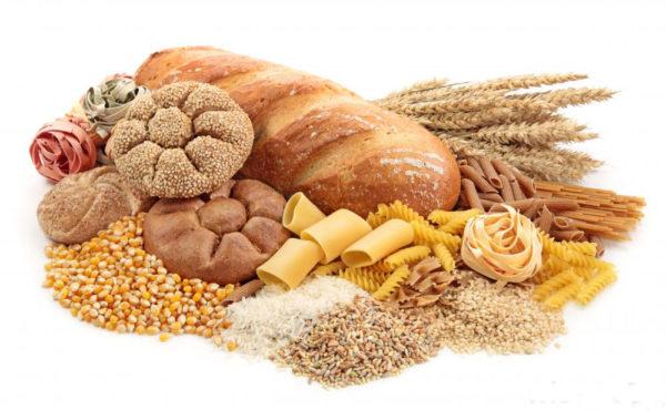 Thực phẩm chứa nhiều tinh bột, dinh dưỡng cần thiết cho bé