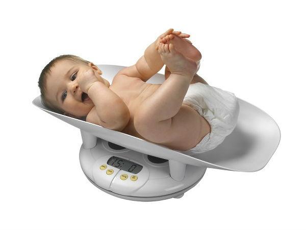 Trẻ sơ sinh biếng bú chậm tăng cân