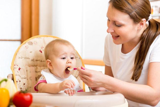 Trẻ 9-10 tháng ăn được những gì?