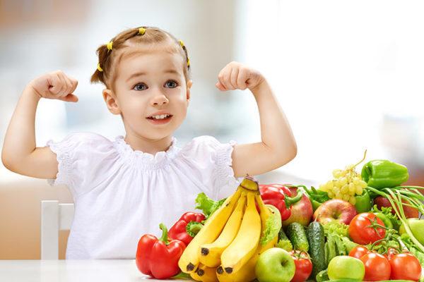 Mẹ cần chú ý sức khỏe của bé khi bé chán ăn