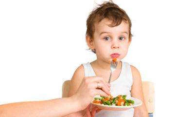 """Trẻ lười ăn bỗng chốc trở thành """"thánh ăn"""" nhờ bí quyết này"""