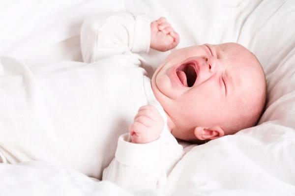 Rối loạn tiêu hóa khiến trẻ 3 - 4 tháng lười bú
