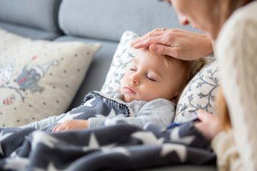 Trẻ nhỏ dễ bị dịch bệnh tấn công